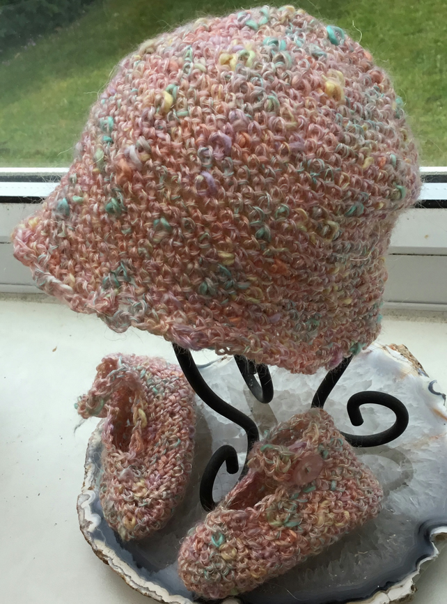 Baby Mirage!  Premature to Newborn Baby Crochet Hat and ballet shoes!