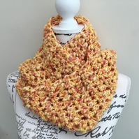 Tropical!  Triple Crochet Tropical Toned Chunky Yarn Inifinity Scarf!