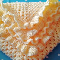 Baby Blanket in the colour Lemon