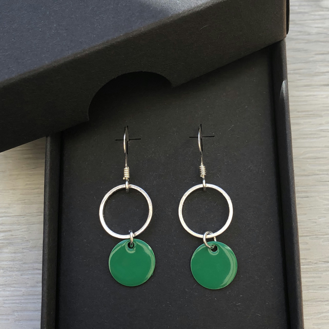 Sale now 7.00 - Green geometric enamel earrings