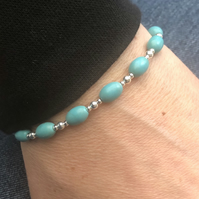 Oval turquoise & sterling silver bracelet