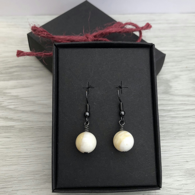 White & yellow clam shell earrings