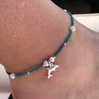 Blue seed bead, fresh water pearl and dolphin anklet. Sterling Silver.