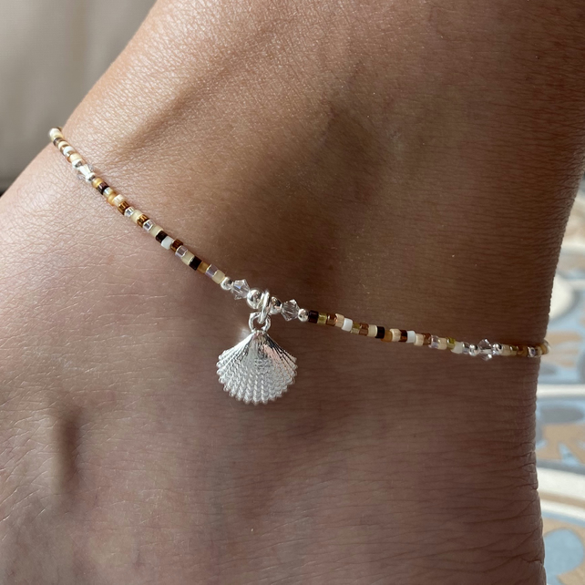 Sterling Silver Shell & Miyuki Beaded Anklet. Sterling Silver. Extension Chain.