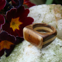A ring in Yew, Boxwood and Tambootie