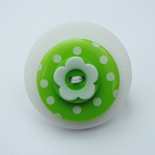 Button Brooch..Green spots