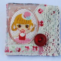 Fabric Quirky Brooch....Brown eyed girl! ***WAS £5.50***