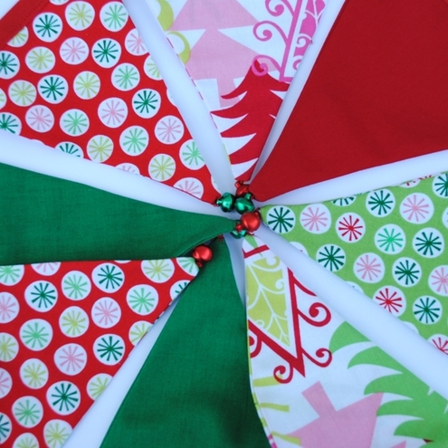Christmas Mini Bunting...Circles and trees