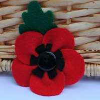 Poppy...felt brooch