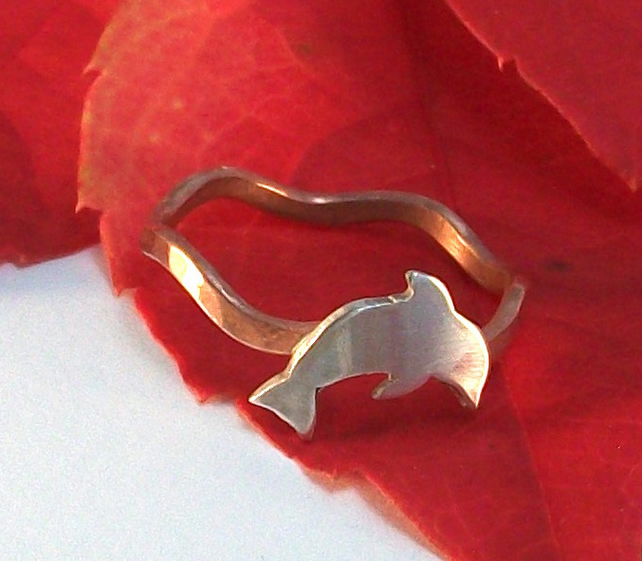 Silver Jumping dolphin and copper ring