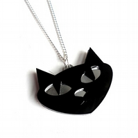 Cat face pendant