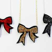 Luxury glitter bow necklace