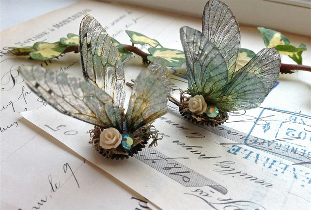 Pretty Faerie wing hair adornment