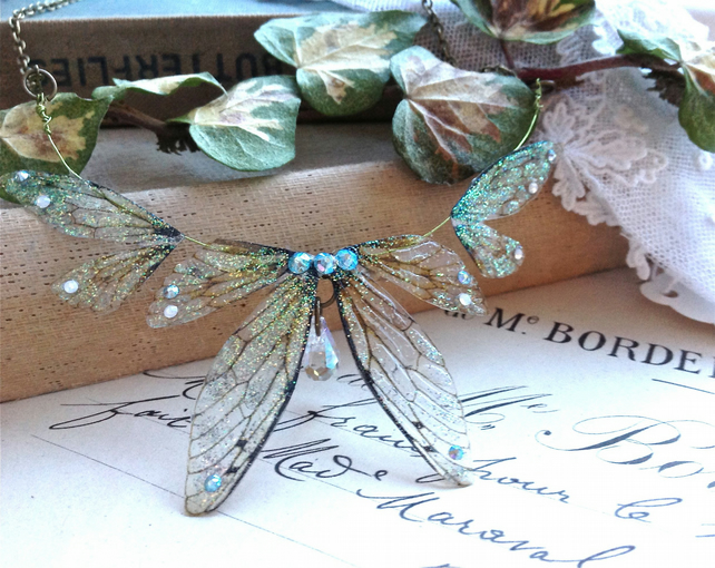 Beautiful delicate faerie winged necklace