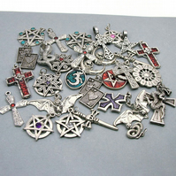 Destash - 30 Pewter Pendants - Gothic Style