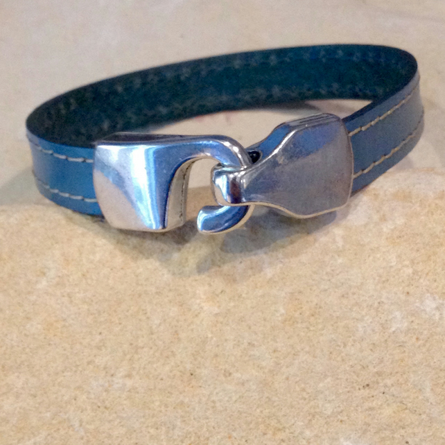 Flat leather bracelet with silver hook clasp