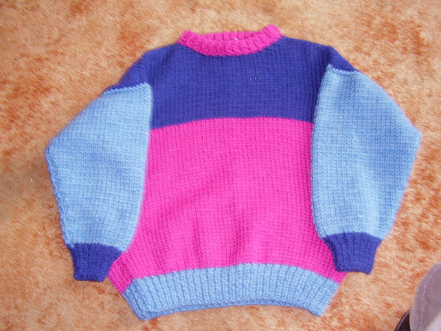 Chunky jumper in navy,blue and fuchsia blocks