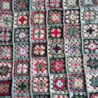 Crochet Granny Squares Blanket in pink and grey