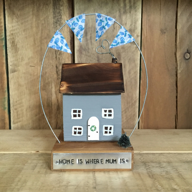 Mini Cottage with bunting Mother's Day Gift