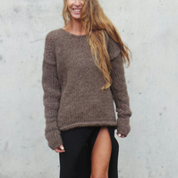 Brown Alpaca comfy sweater with extra long sleeves