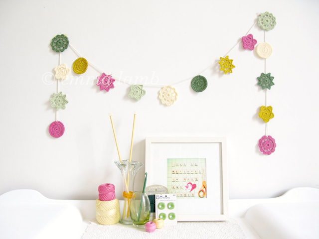 HOLIDAY SALE - Yvonne, nursery flower garland in sping colours - ready to ship