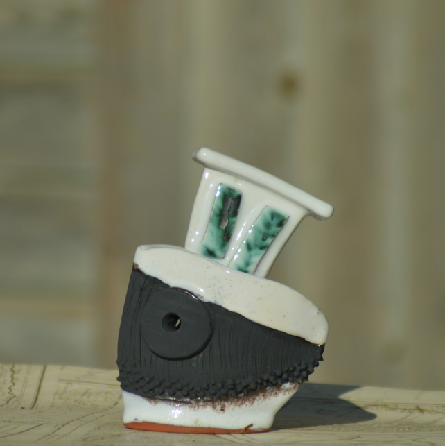 Pitch and Alabaster boat