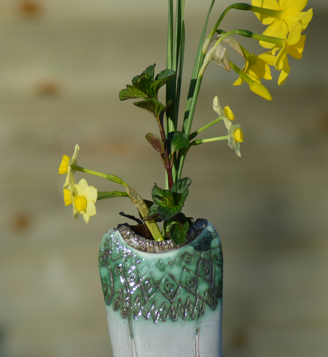 Scadinavian Jumper flower vase