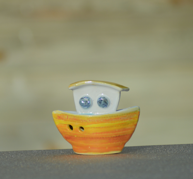 Citrus colour-pop ceramic boat