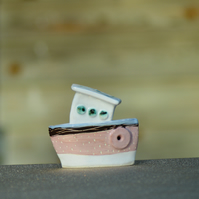 Rose blush ceramic boat