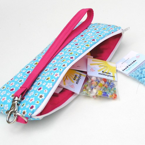 Kids Bead Kit in a Bag - CUTE!