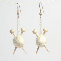 White yarn Knitting Earrings - Ball of wool and miniature knitting needles