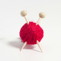 Red Wool Knitter's Brooch - Ball of Yarn and Knitting Needles