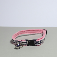 "Handprinted Safety Breakaway Felt Cat Collar ""Pink Brick"""
