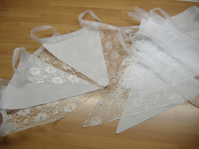 Lace Bunting White 20ft 6 metres ON SALE,