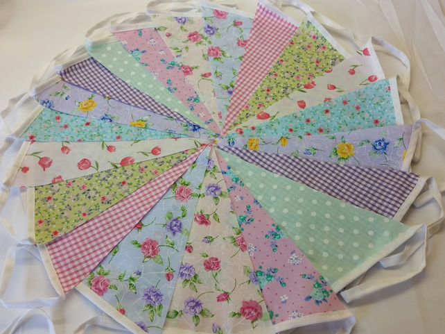 Bunting 60ft 18 metres single sided shabby chic Wedding party multi floral 60