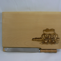 Bread board with knife (mice design)
