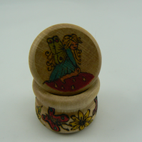 Wooden tooth fairy pot with screw lid