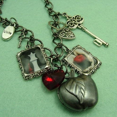 Twilight Inspired Necklace *one of a kind*