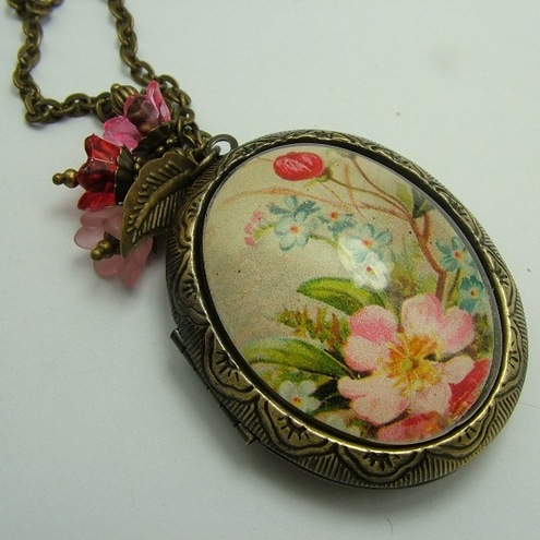 Vintage Rose Locket