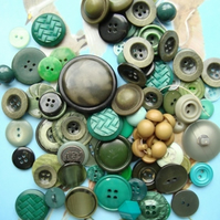 Large Mix of Green Vintage Buttons