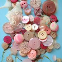 Vintage Buttons Pink Mix