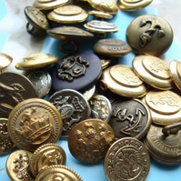 Large Mix of Military Vintage Buttons