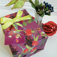 Pheasant Berry Christmas Gift Wrapping Paper Set