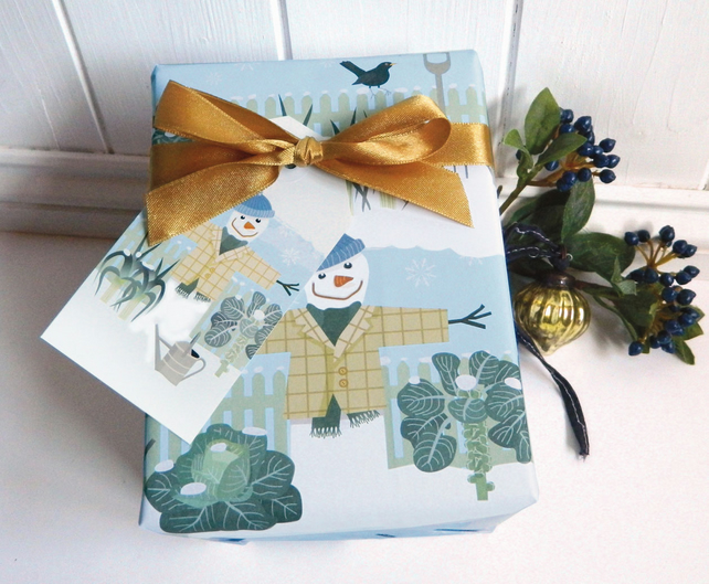 Winter Allotment Snowman Christmas Gift Wrapping Paper Set
