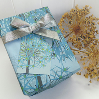 Winter Allium Gift Wrapping Paper Set