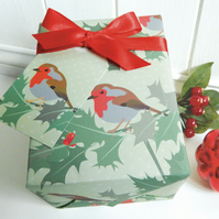 Robin Gift Wrap Set