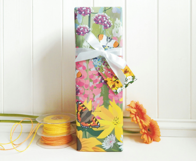 Cottage Garden & Butterflies Gift Wrapping Paper Pack