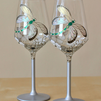 Dragonfly glasses, Wedding glasses, Anniversary glasses,Wine glasses, set of 2