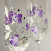 Purple Wedding glasses,Champagne flute, Personalized wedding glasses