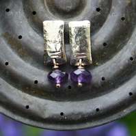 Gold  rectangular stud earrings with amethysts
